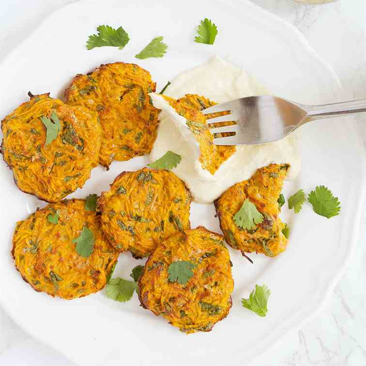 5-ingredient healthy carrot fritters