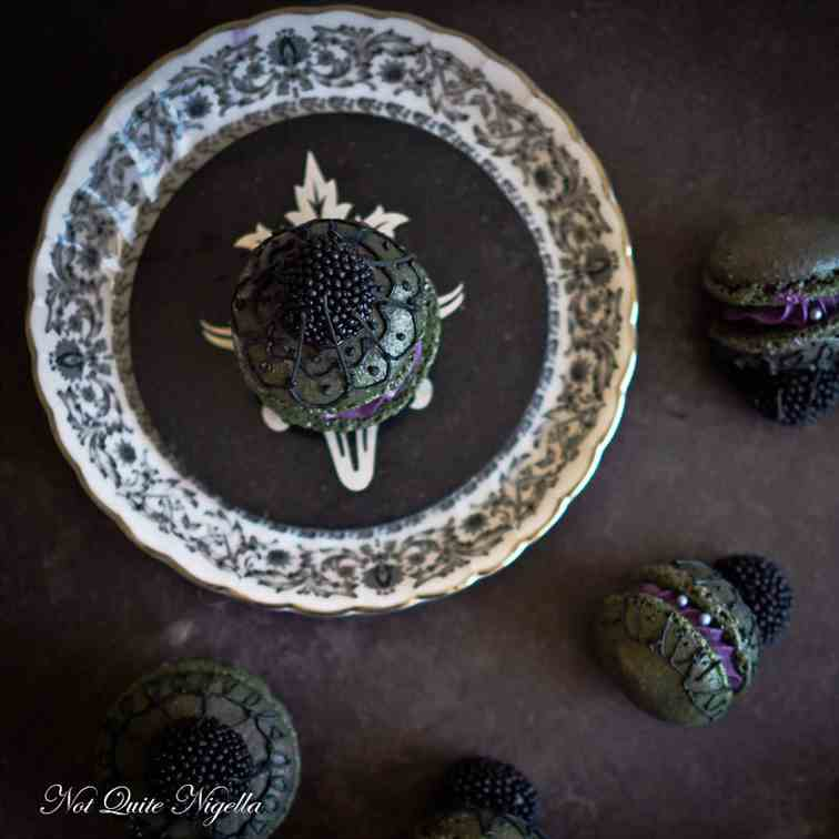 Black Widow Mantilla Veil Macarons