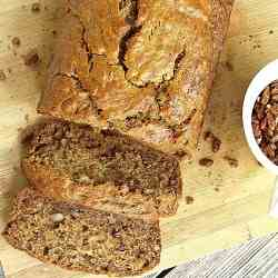 Banana Bread with Cinnamon-Spiced Pecans
