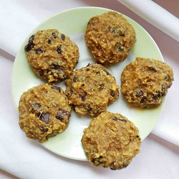 4-Ingredient Banana Peanut Butter Cookies