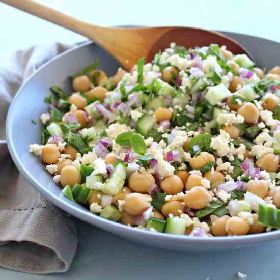Clean Eating Cucumber Mint Chickpea Salad