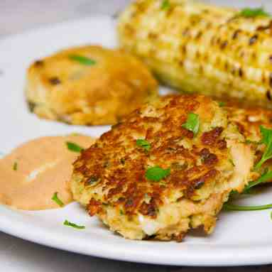 Tuna Cakes with Comeback Sauce