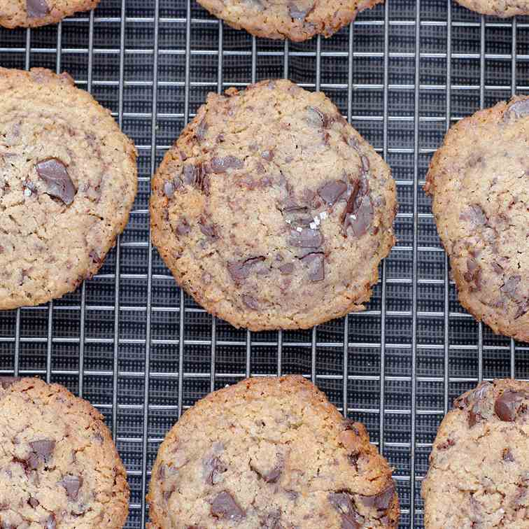 Vegan Tahini Chocolate Chip Cookies
