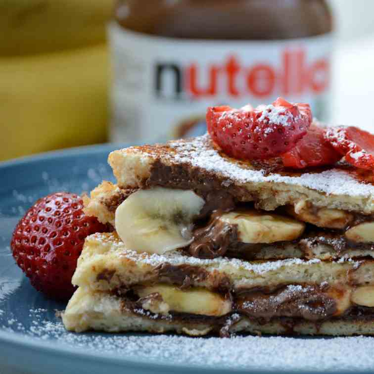 Banana and Nutella Stuffed French Toast