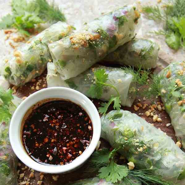 Addictive Vegan Summer Rolls