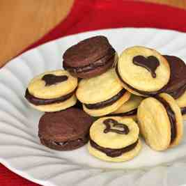 Chocolate & Vanilla Sandwich Cookies