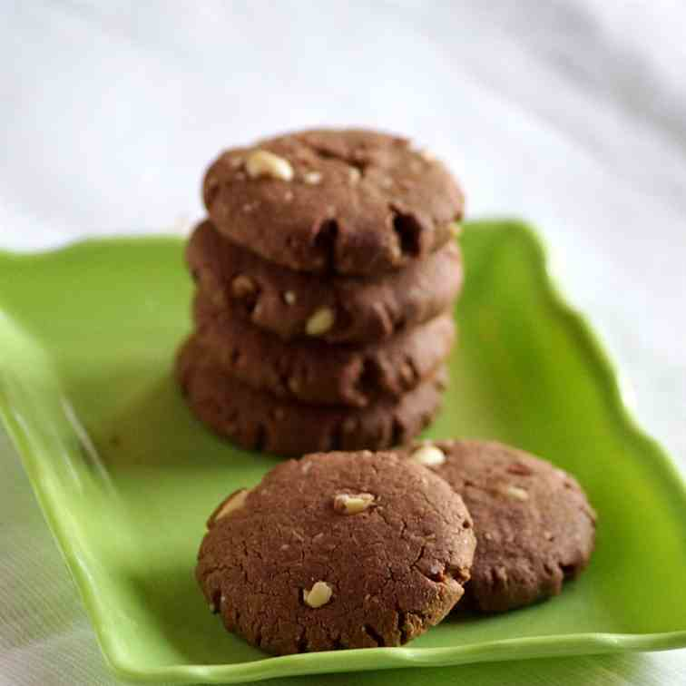 Sorghum Chocolate Peanut Cookies