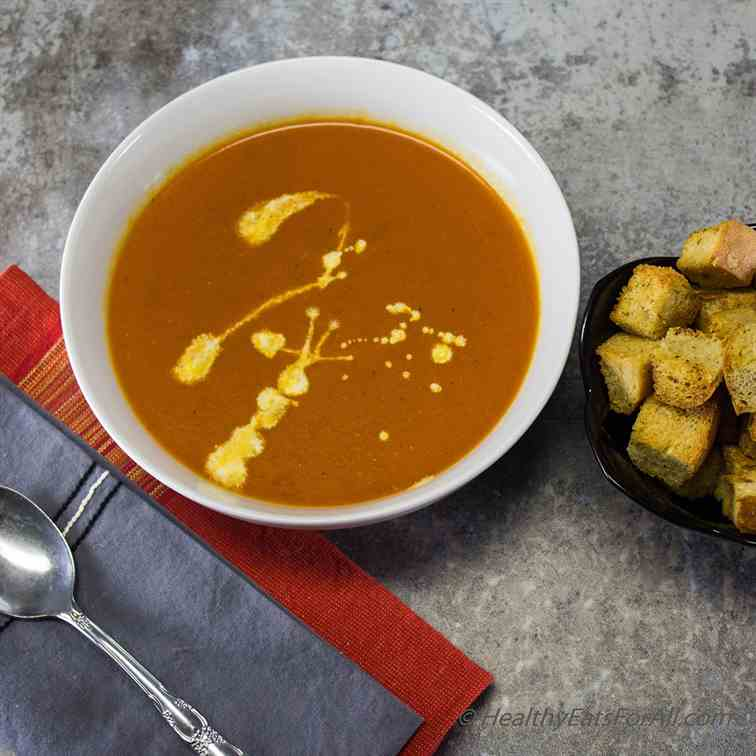 Easy Tomato Soup with Croutons