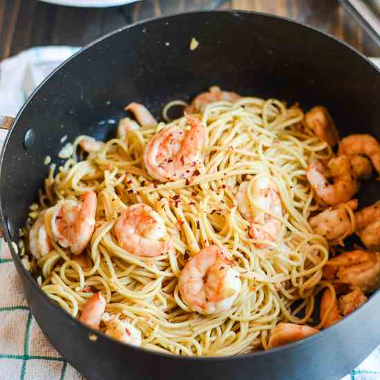 Honey Garlic Shrimp Pasta