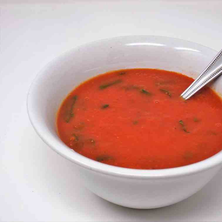 Creamy Tomato Vegetable Soup with Spinach