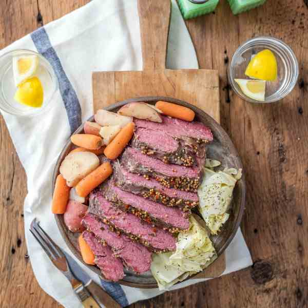 Slow Cooker Corned Beef - Cabbage