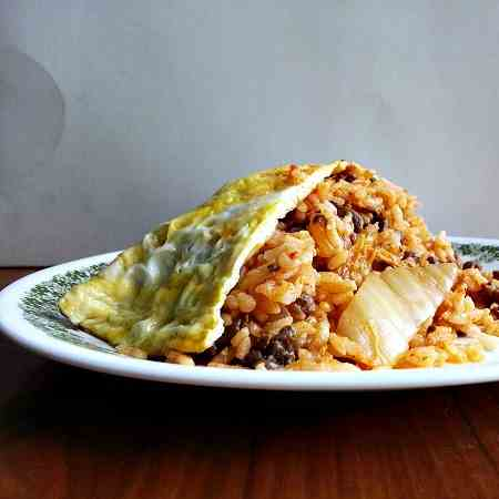 Omurice with kimchi fried rice