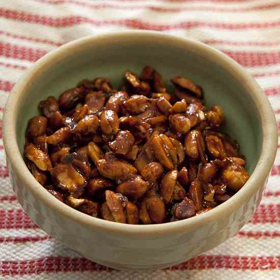 Sweet and Spicy Peanuts