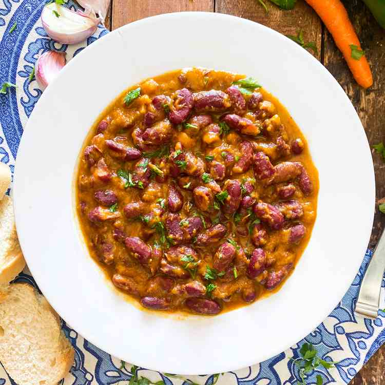 Delicious Bean Stew from Northern Spain