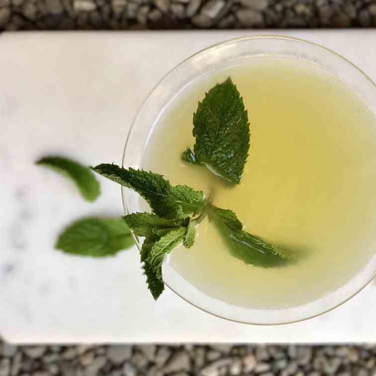 Pineapple Mint Martini-Oh My!