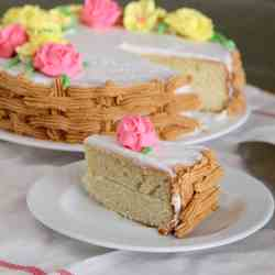 Flower decorated butter cake