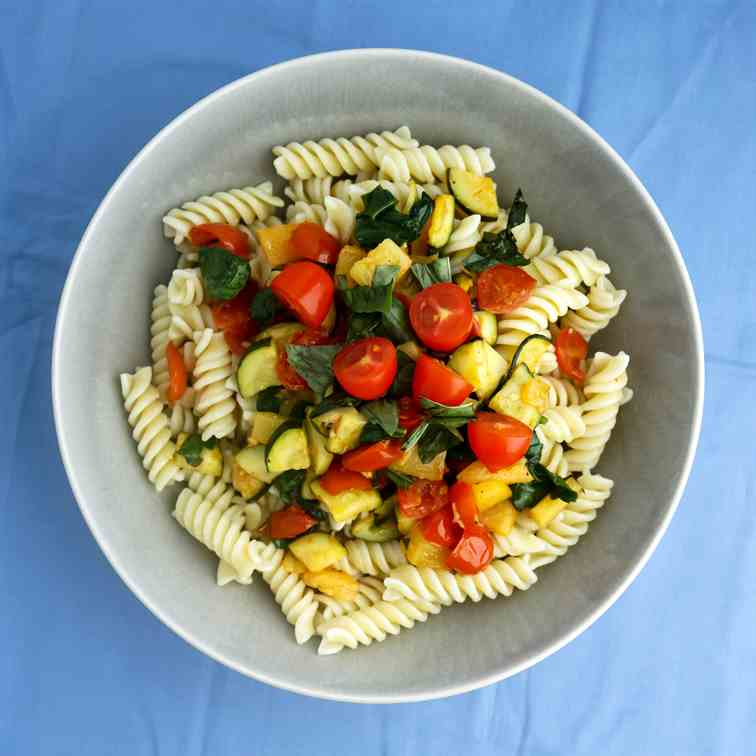 Fresh Vegetable Pineapple Pasta