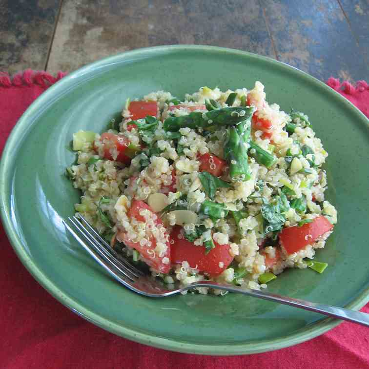 Quinoa Salad with Asparagus and Basil