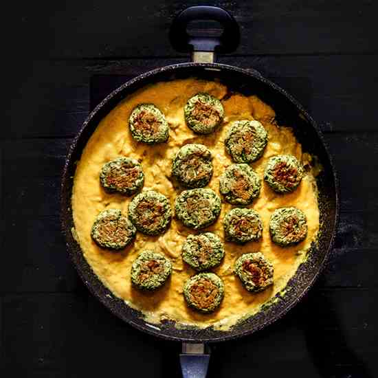 Zucchini Falafel with Pumpkin Curry Sauce